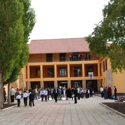 Tsaghkunk Open School