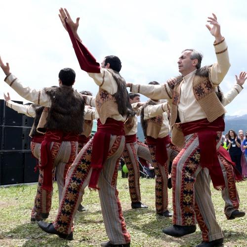 Академия национальной песни и танца